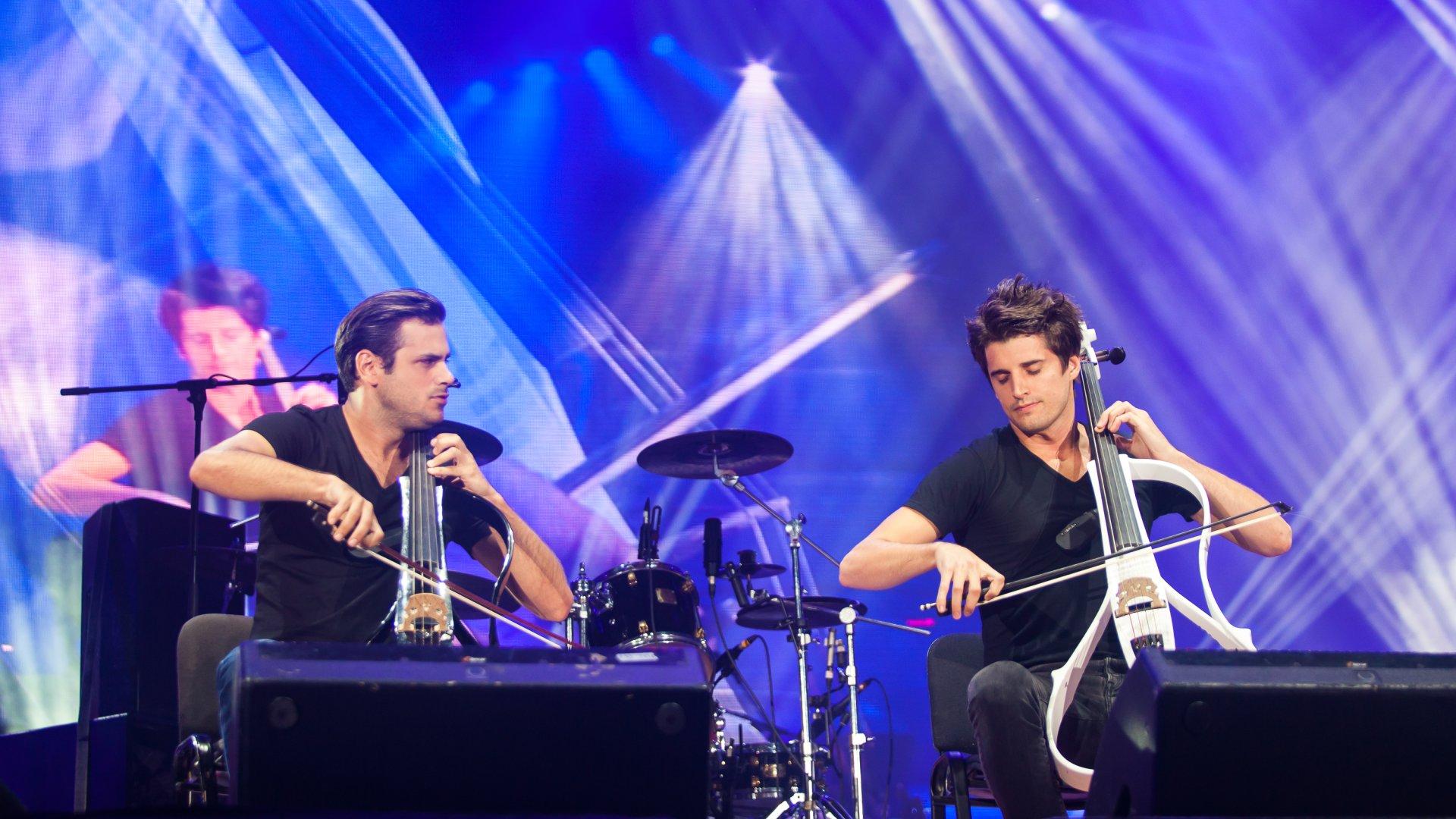 2Cellos - Muzika nabíjející energií